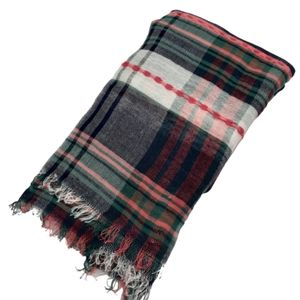 "Maurices plaid scarf, 68""x26"", 100% viscose"